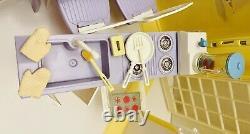 2003 BARBIE HAPPY FAMILY GRANDMAs KITCHEN & 70+ PCS ACCESSORIES MATTEL