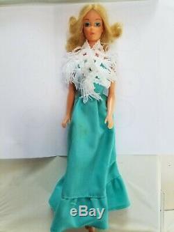 4 Barbies- 1975 Ballerina 9093, 1978 Pretty Changes & 1978 Sun Lovin Malibu PJ