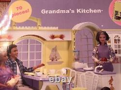 Barbie HAPPY FAMILY GRANDMA, GRANDPA & GRANDMAS KITCHEN 2003 #B9880 NRFB RARE