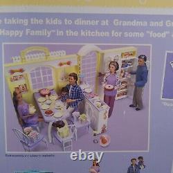 BarbieHAPPY FAMILY GRANDMA KITCHEN 2003 Grandparent Gift Set 60+ pieces NEW