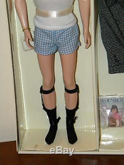 Fashion Insider Ken Giftset NRFB Silkstone Barbie Fashion Model 2002 Limited Ed