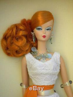 HOLLYWOOD HOSTESS SILKSTONE Giftset Barbie Fashion Model 2007 MINT NIB