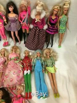 Lot of 25 Barbies Complete With Original Outfits Collector Swan Some Are Vintage