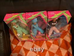 Mattel 1997 Lot Cool Blue Barbie, Perfect Pink Teresa and Extreme Green Skipper
