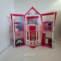 Mattel Barbie Malibu Dream House and Furniture