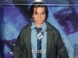 The X-Files Fox Mulder David Duchovny 2018 25th Anniversary NRFB Doll Mattel