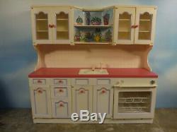 Tyco Kitchen Littles Deluxe Kitchen Center & Accessories
