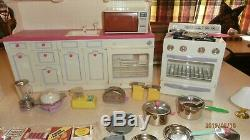 Tyco Kitchen Littles Deluxe Stove Refrigerator Cabinets Sink 100s Food Dishes