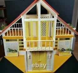 VINTAGE 1978 Yellow MATTEL BARBIE DREAM HOUSE A FRAME 1970's ORIGINAL