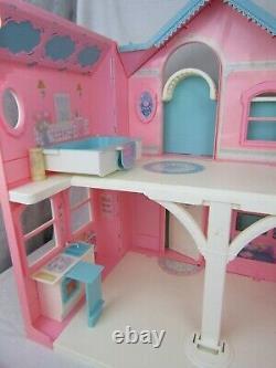 VTG 1995 Barbie Dream House Victorian Mansion Elevator Furniture Accessories Lot