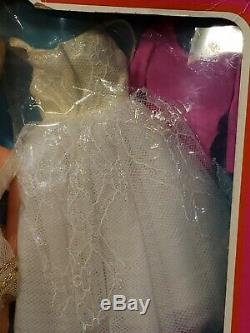 Vintage 1976 On Tour Ballerina Barbie Doll Mattel 9613 Mint Nrfb