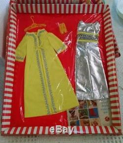 Vintage Barbie #1492 SILVER POLISH Complete Outfit (1969-70) Mint in Box e66