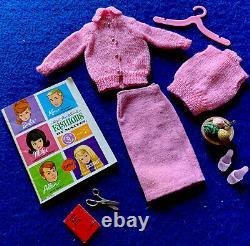 Vintage Barbie 1964 Fashion Knitting Pretty Rare Pink Version. Mint-No Holes